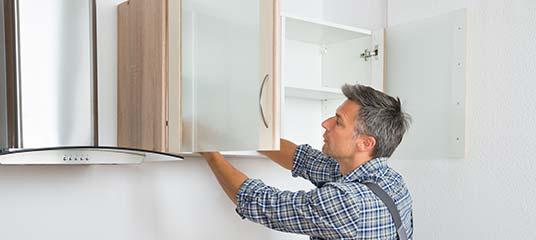 scharnieren keukenkastjes vervangen
